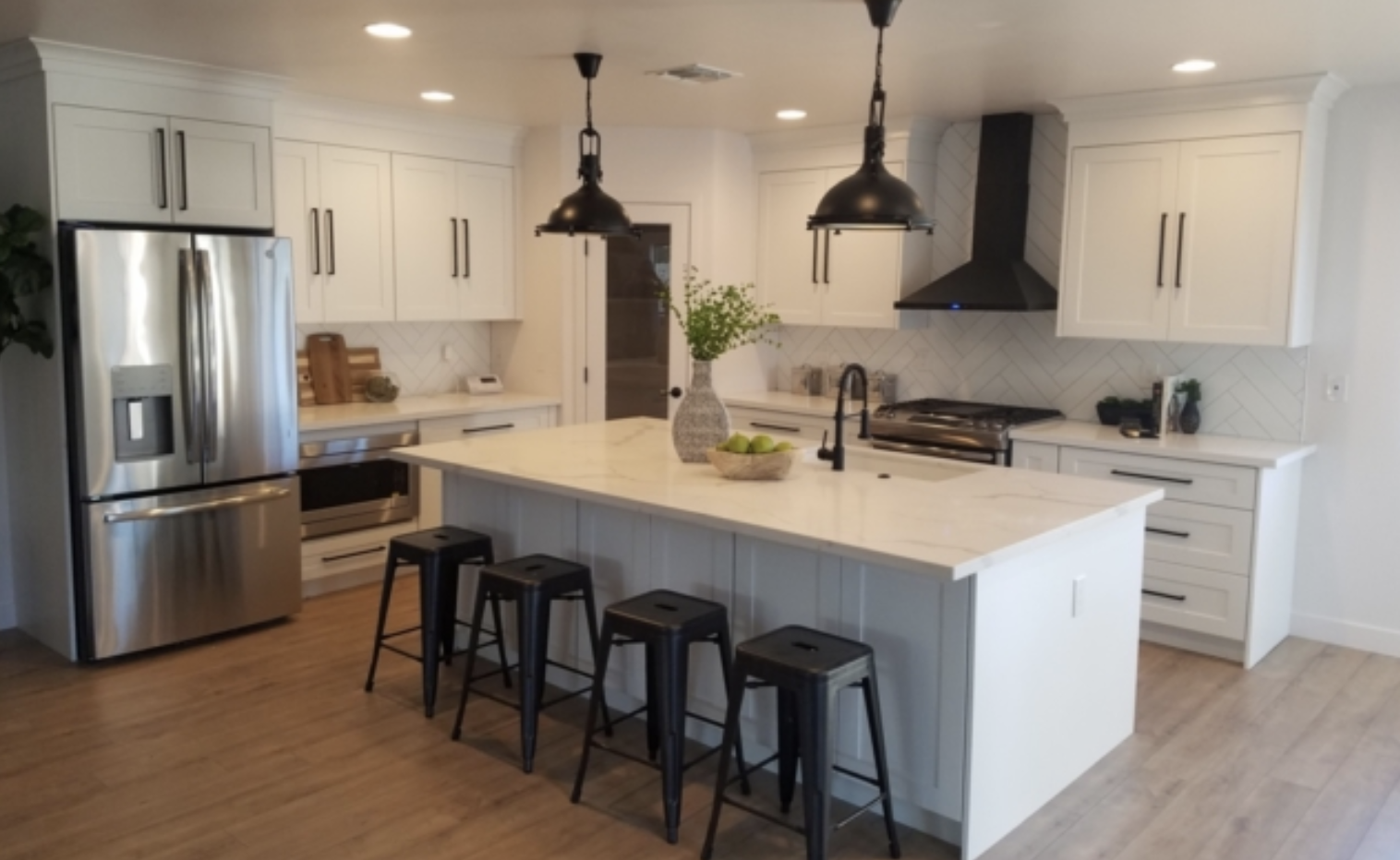 Kitchen Trends That Will Last - White Shaker Cabinets - CO & AZ
